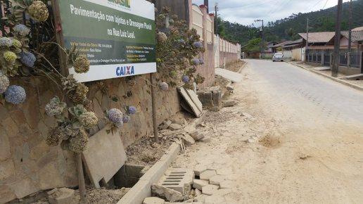 Calçamento do bairro Baú Baixo - Rogério do PT, Vereador Rogério,